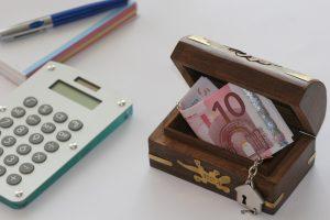 Bild vom Geldschein in einer Box